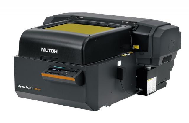 Plotter da stampa in piano piccolo formato MUTOH 661UF
